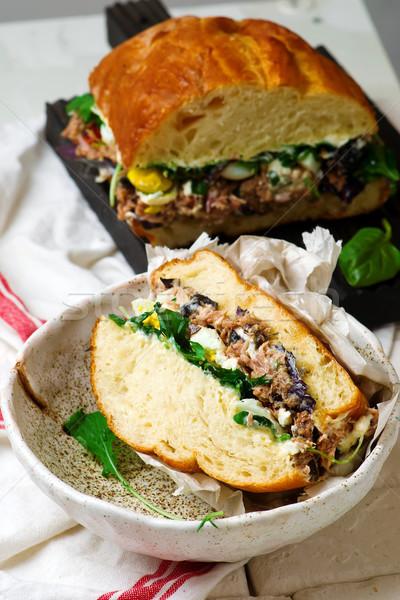 Toszkán tonhal rusztikus háttér kenyér szendvics Stock fotó © zoryanchik