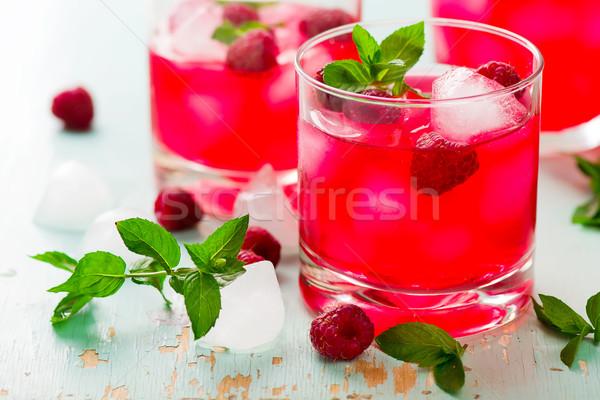 Bebida fria framboesa de gelo vidro estilo Foto stock © zoryanchik