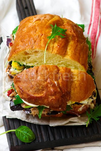 Toscano atum rústico fundo pão sanduíche Foto stock © zoryanchik
