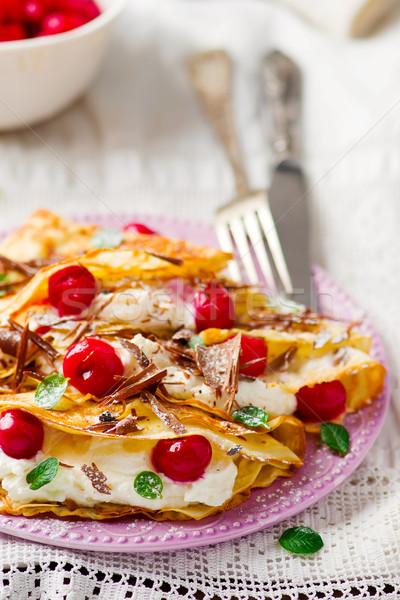 Foto stock: Francia · cereza · requesón · atención · selectiva · alimentos