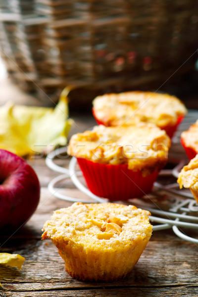 Cair maçã estilo rústico foco Foto stock © zoryanchik