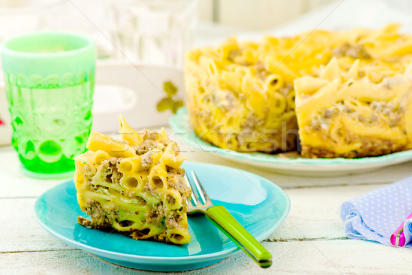 Makaróni sült puding hús tányér szelektív fókusz Stock fotó © zoryanchik
