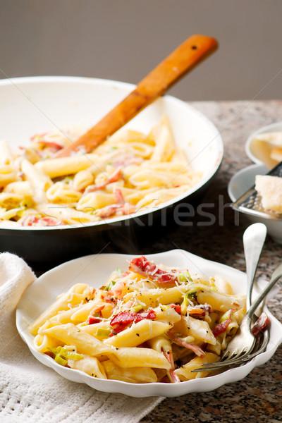 Ser obiedzie makaronu obiad świeże szynka Zdjęcia stock © zoryanchik
