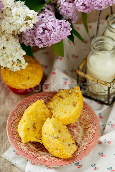 Ravent seçici odak stil rustik kek Stok fotoğraf © zoryanchik