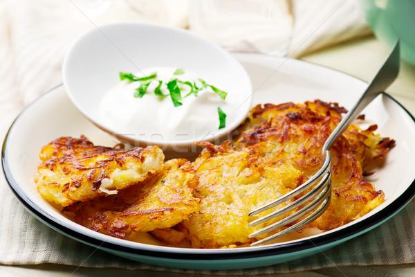Papa frito enfoque blanco almuerzo Foto stock © zoryanchik