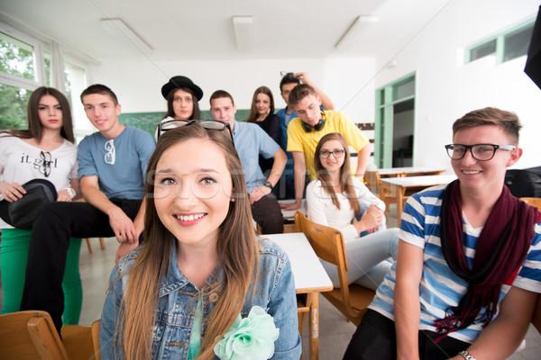 Boldog középiskola lány osztálytársak diák oktatás Stock fotó © zurijeta