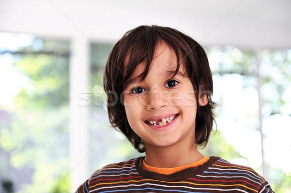 счастливым Cute мальчика зубов подготовленный Сток-фото © zurijeta