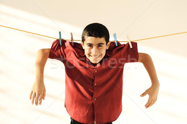 Jonge kid opknoping waslijn gelukkig leuk Stockfoto © zurijeta