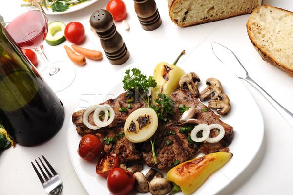 Delicioso preparado decorado alimentos mesa casa Foto stock © zurijeta