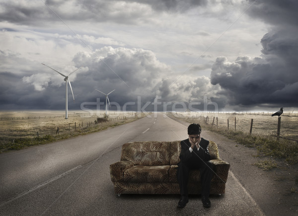 小さな ビジネスマン 待って ソファ 道路 失望した ストックフォト © zurijeta
