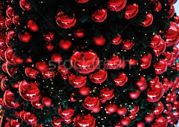 Stock fotó: Karácsony · különböző · ajándékok · zöld · fenyőfa · golyók