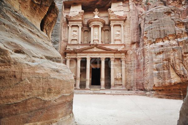 Starożytnych miasta Jordania budynku czerwony asia Zdjęcia stock © zurijeta