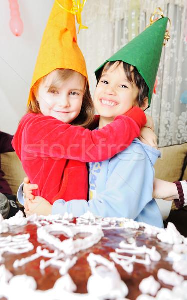 Gelukkige verjaardag meisje partij verjaardag cake groep Stockfoto © zurijeta