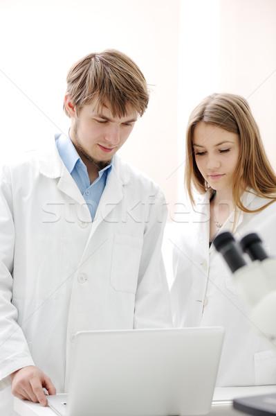 ストックフォト: 2 · 科学者 · 作業 · 室 · 女性 · 作業