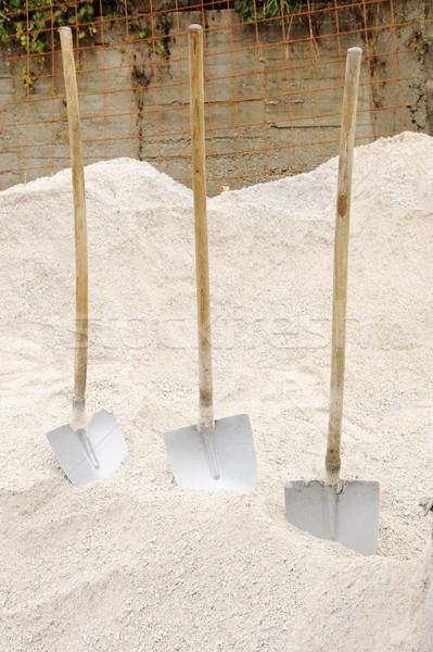 üç hazır çalışmak kum yaya adam Stok fotoğraf © zurijeta