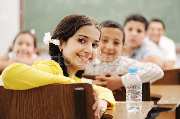 Stock foto: Glücklich · cute · Kinder · Klassenzimmer · Lehrer · Mädchen