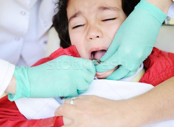 Foto stock: Criança · hospital · fora · leite