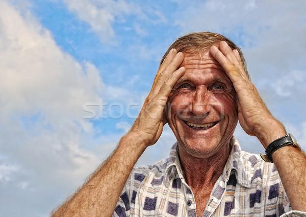 Mannelijke persoon interessant gebaren hemel Stockfoto © zurijeta