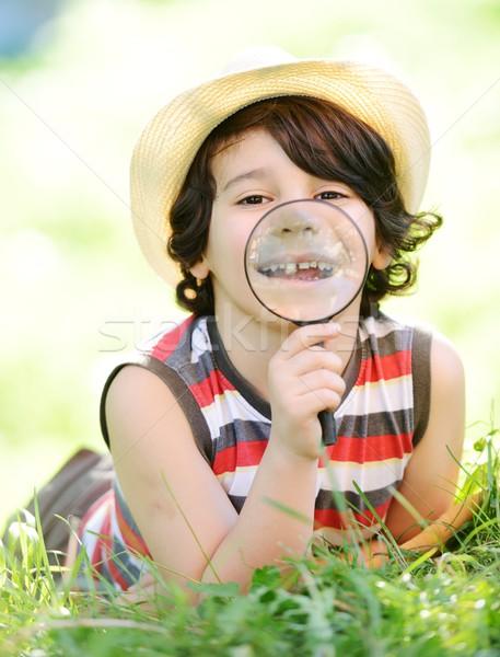 Mutlu çocuk keşfetmek doğa komik Stok fotoğraf © zurijeta