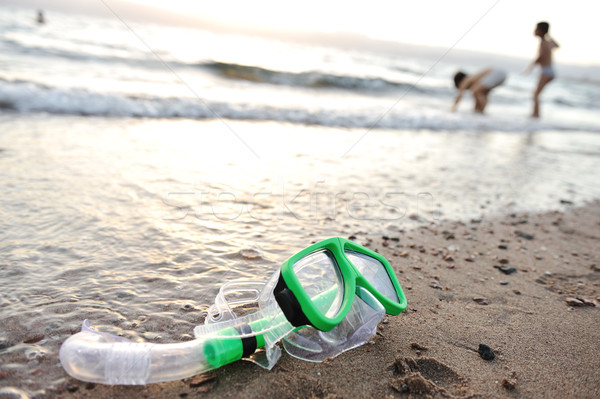 Snorkelen masker strand kinderen spelen rond Stockfoto © zurijeta