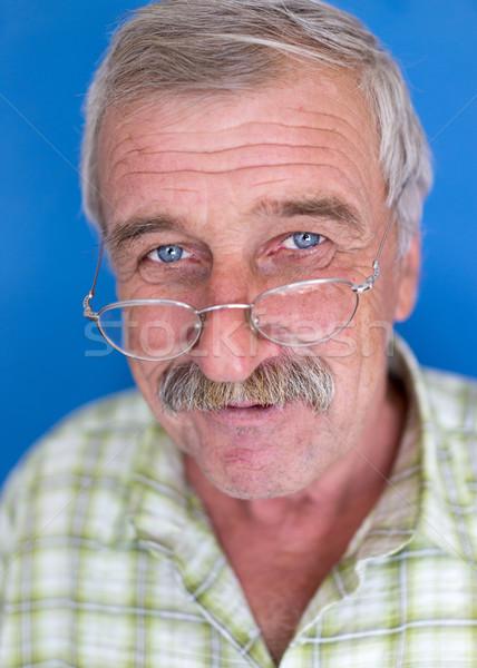 Uśmiechnięty dojrzały mężczyzna wąsy zmarszczki starszych dobrze wygląda Zdjęcia stock © zurijeta