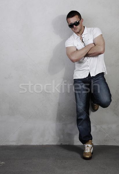 Młodych macho człowiek inny zdjęć ręce Zdjęcia stock © zurijeta