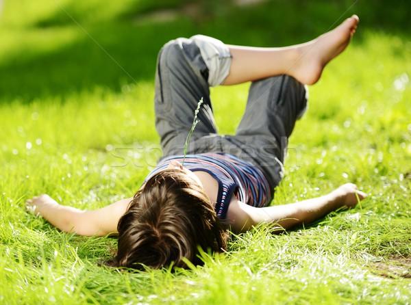Bambino riposo estate parco erba Foto d'archivio © zurijeta