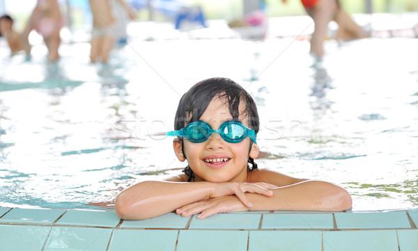 Stockfoto: Zomertijd · zwemmen · activiteiten · gelukkig · kinderen · zwembad