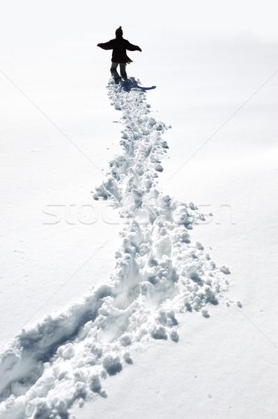 Foto stock: Caminhada · neve · criança · montanha · correr · pé