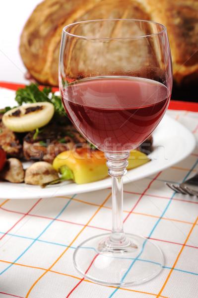 Delicioso preparado decorado comida tabela vinho Foto stock © zurijeta