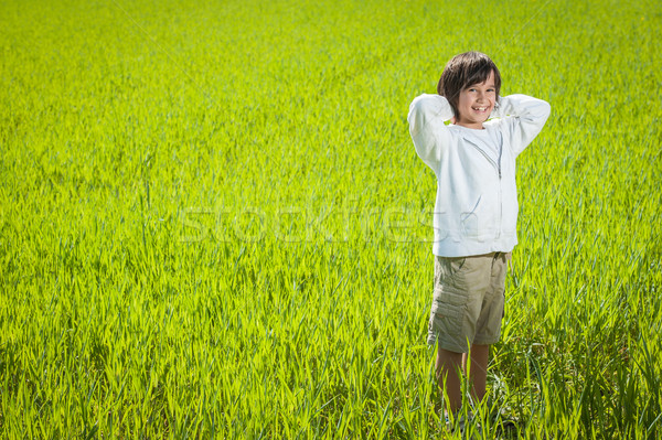 Photo stock: Heureux · Kid · belle · vert · jaune · champ · d'herbe