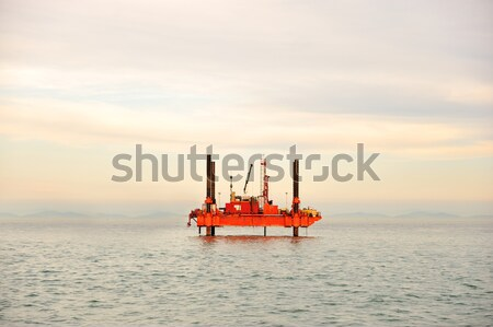 油 プラットフォーム 雲 太陽 技術 海 ストックフォト © zurijeta