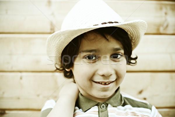 Derűs gyerekek élvezi gyermekkor gyerekek szórakozás Stock fotó © zurijeta