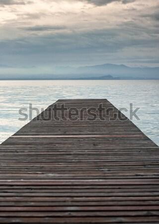 Quai lac vide bois eau nature Photo stock © zurijeta