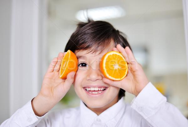 少年 演奏 オレンジ スライス 目 ストックフォト © zurijeta
