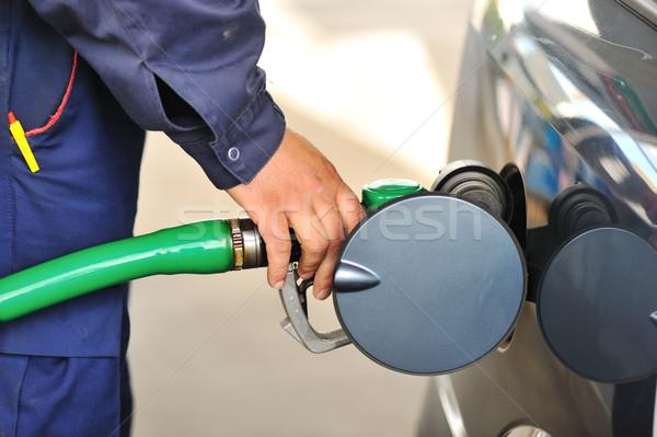 Foto stock: Masculino · mão · carro · combustível · posto · de · gasolina · negócio