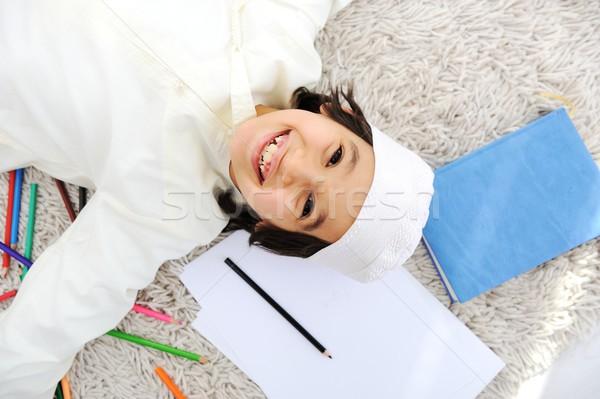 Arabisch moslim kid huiswerk home arabisch Stockfoto © zurijeta