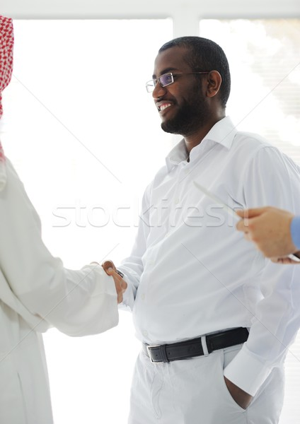 Photo stock: Arabe · hommes · d'affaires · bureau · réunion · affaires