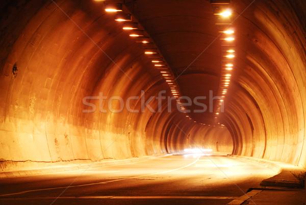 Tunnel route ville lumière nuit trafic Photo stock © zurijeta