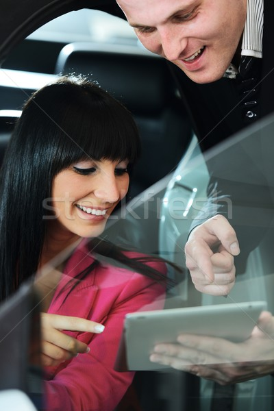 Mulher compra carro vendedor negócio Foto stock © zurijeta