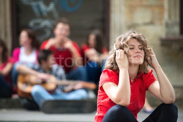 Photo stock: Cute · adolescente · casque · écouter · musique · séance