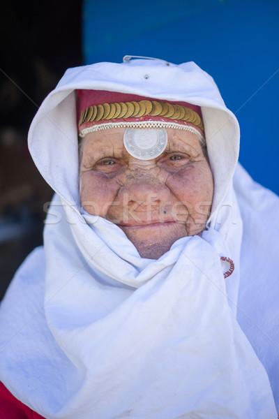 ストックフォト: 古い · 伝統的な · 遺産 · 着用 · 女性 · ポーズ