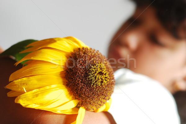 Melancolía escena cute nina secar girasol Foto stock © zurijeta