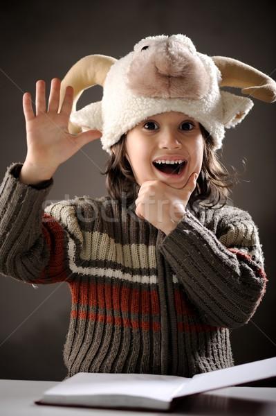Stock fotó: Portré · aranyos · kicsi · fiú · retró · stílus · olvas