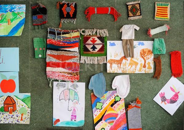 Aranyos iskolások oktatás tevékenységek készít művészi Stock fotó © zurijeta