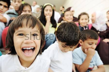 Tömeg gyerekek különböző iskola arc boldog Stock fotó © zurijeta