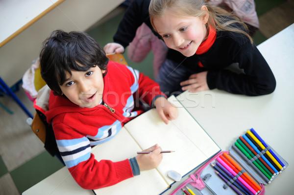 Portré kettő osztálytársak barátok oktatás asztal Stock fotó © zurijeta