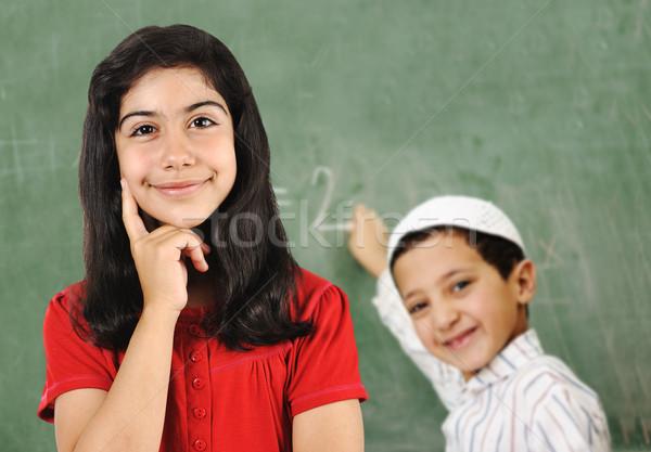 Szkoły pokładzie dziewczyna chłopca klasie Zdjęcia stock © zurijeta