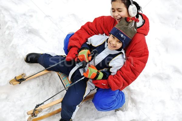 Dzieci sanki śniegu szczęśliwy charakter dziecko Zdjęcia stock © zurijeta