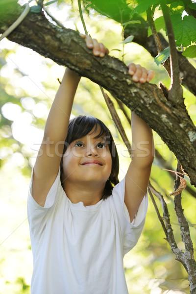 ребенка природы дерево руки лице Сток-фото © zurijeta